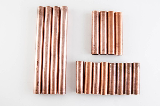 Corte do cano de cobre